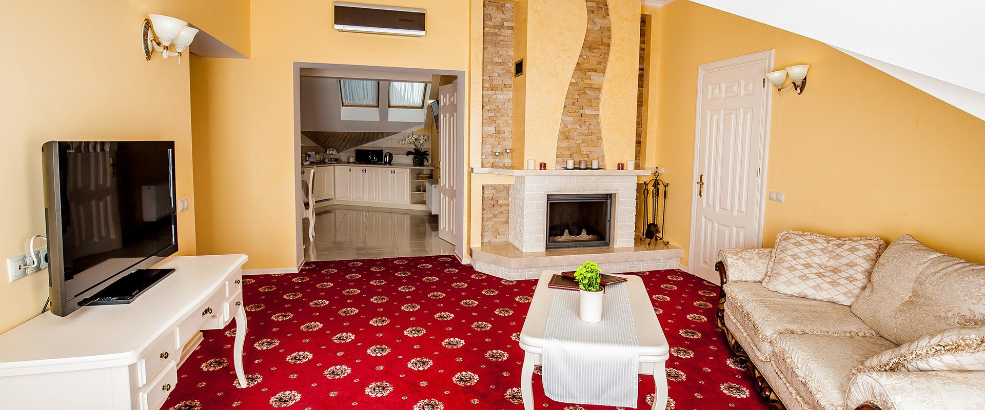 Апартаменти з каміном спа-готель Respect